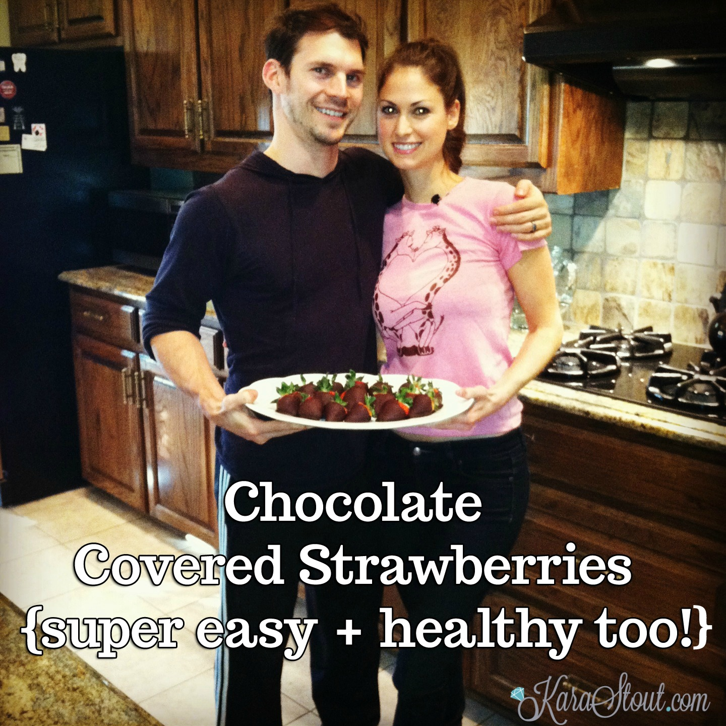 Chocolate Covered Strawberries {super easy + healthy too!}