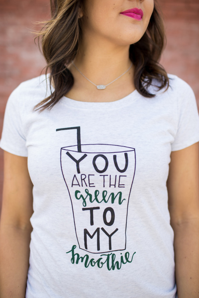 Green smoothie graphic t-shirt