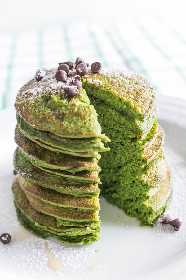 Green spinach pancakes photo