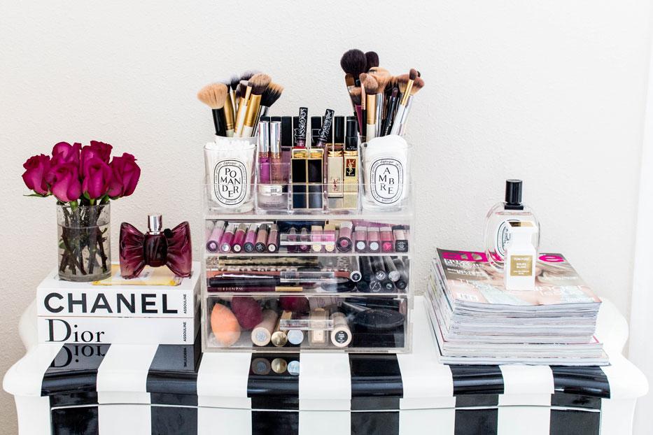 Makeup vanity photo