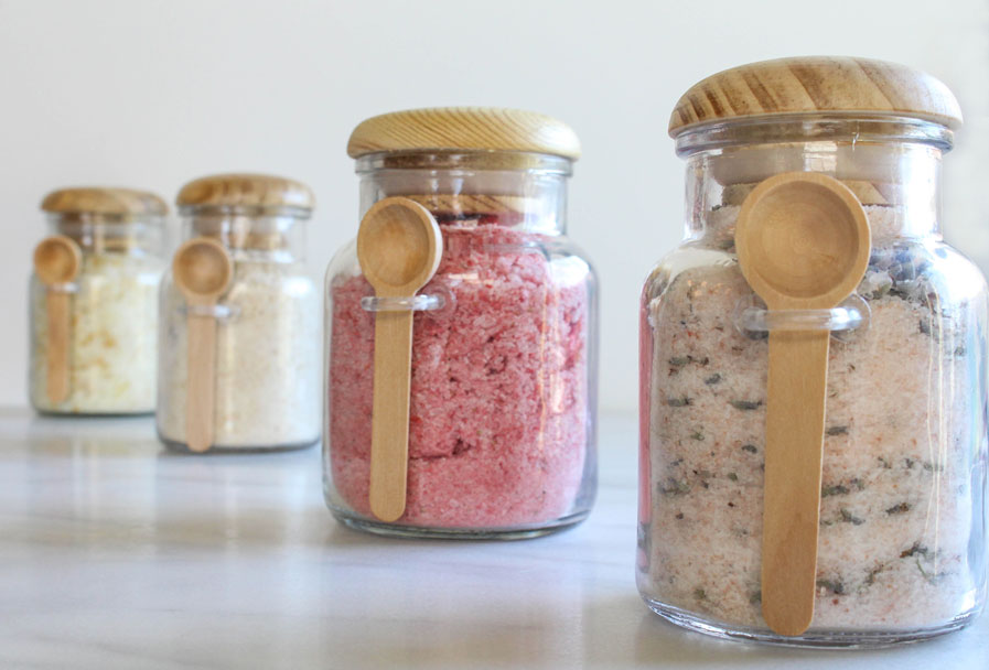 4 DIY Summer Bath Soaks