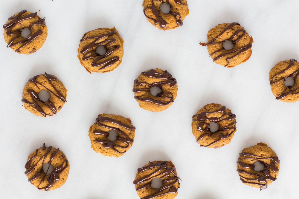 Gluten-Free Mini Pumpkin Donuts with chologate