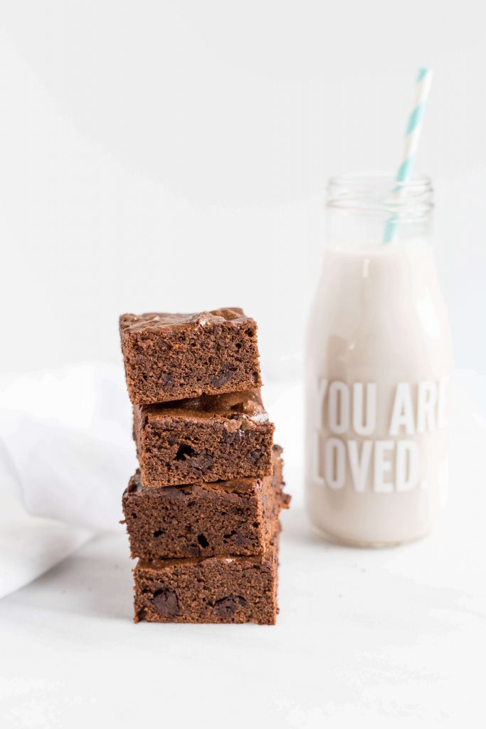 Chocolate Brownies with Almond Milk