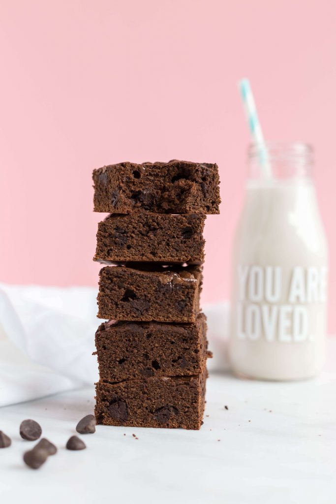Brownies with Almond Milk with Pink Background